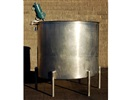 700 Gallon Vertical Stainless Steel Tank With Mixer